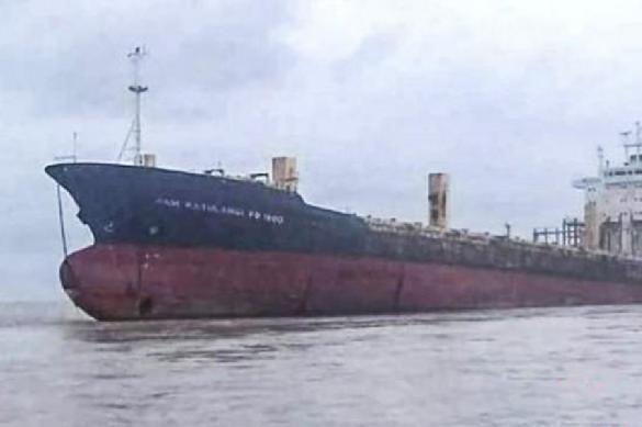 К берегам Африки прибило гигантский корабль-призрак. 391498.jpeg