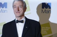 Букеровская премия досталась британскому романисту. award