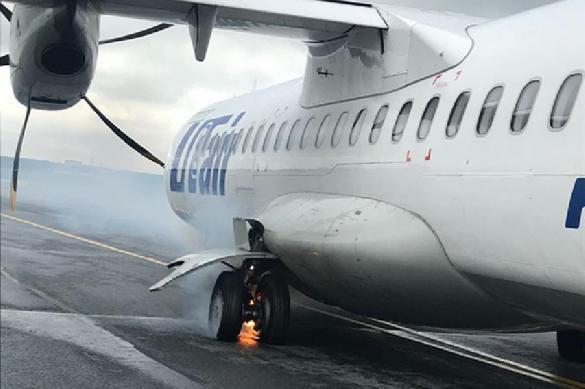 Очередной самолет Utair загорелся на взлете. Спас пассажир. 388501.jpeg