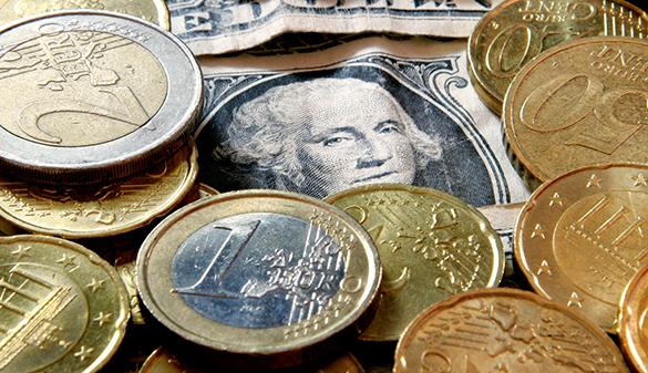 Рубль продолжает падение. Рубль продолжает снижаться в цене