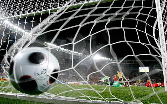 Президент ФИФА: ЧМ-2026 по футболу пройдет в Африке. футбольный мяч