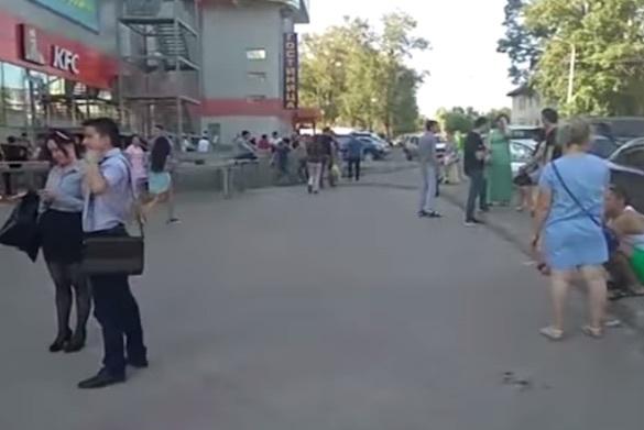Из-за сообщения о бомбе в Уфе эвакуировали почти семь тысяч человек. 374503.jpeg