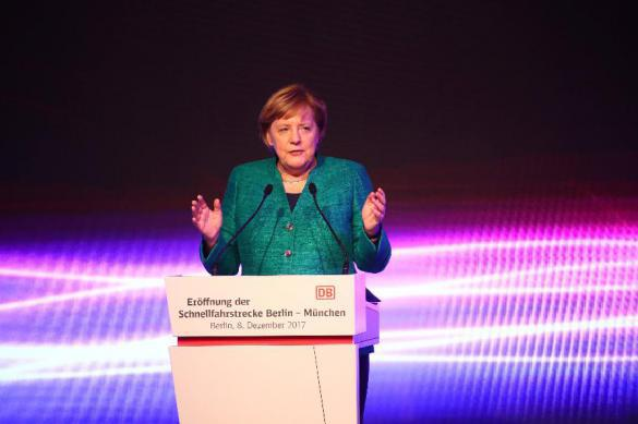 Меркель высоко оценила роль РФ вмире