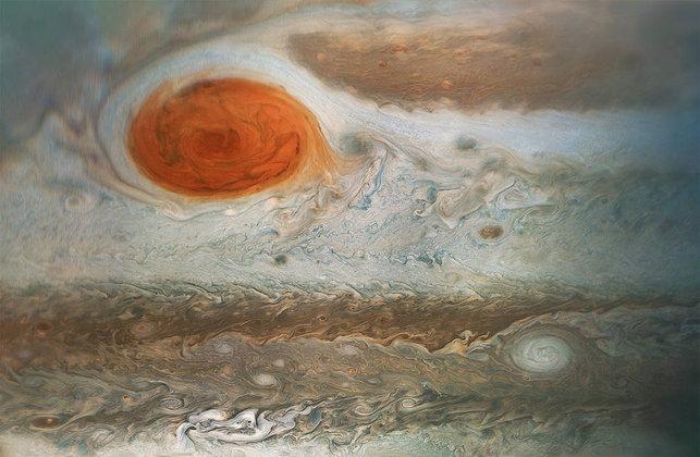 Красиво, но страшно: опубликовано фото гигантского урагана на Юпитере. Красиво, но страшно: опубликован