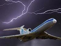 Десятки рейсов в аэропортах Техаса отменены из-за бурь