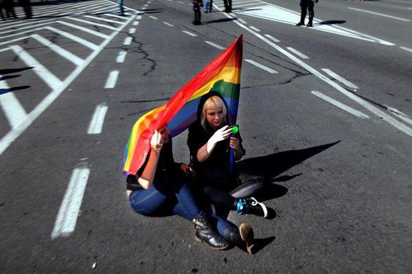Американский судья уволился из-за однополых браков.