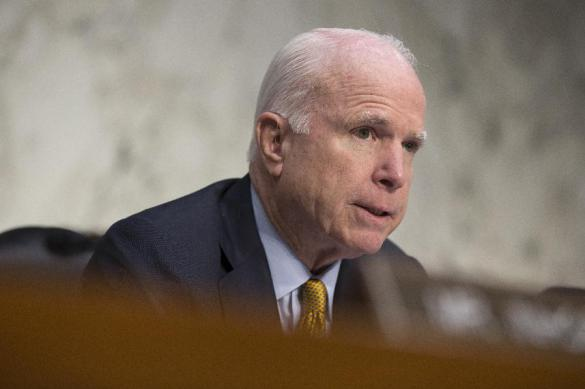 Маккейн покинет сенат США из-за болезни