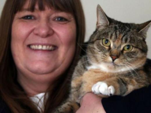 Кошка спасла жизнь своей хозяйке,