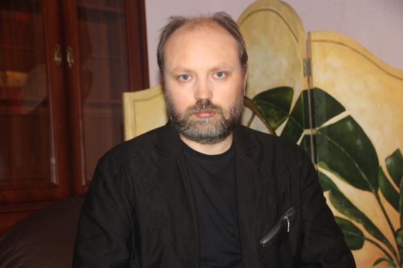 Владимир Рогов: В Донецке затишье, ополчение готовится к отражению новых атак. Владимир Рогов: В Донецке затишье, ополчение готовится к отраже