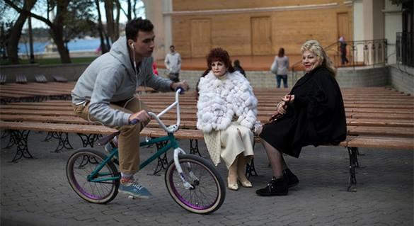 Кремль не исключил появление велодорожек на Красной площади. 319519.jpeg