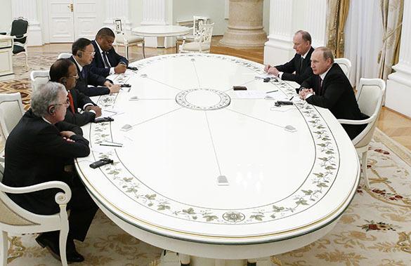 Владимир Путин: Вопросы безопасности - важное направление для БРИКС. БРИКС