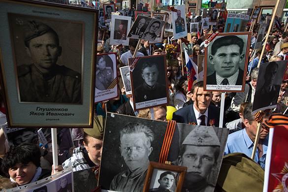 Бессмертный полк: Кто плюнул в душу? – Прямой эфир Pravda.Ru. Скандал с выброшенными портретами ветеранов