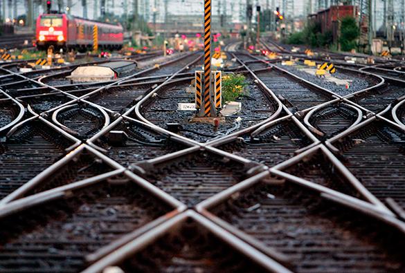 Двухэтажные поезда начали курсировать между Москвой и Петербургом. 310525.jpeg