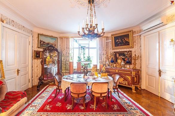 Квартиру советского композитора Дмитрия Шостаковича пролают  в Петербурге. 397526.jpeg