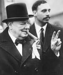 В Британии на свалке нашли цилиндр и портсигар Уинстона Черчилля. 401526.jpeg