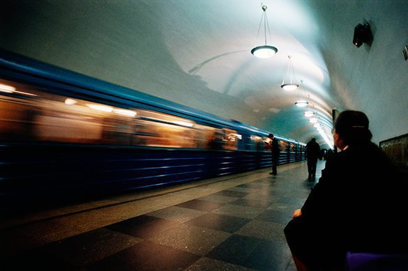 В столичном метро начал ездить поезд с автопилотом
