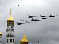 Хорошую погоду в столице обеспечат самолеты ВВС