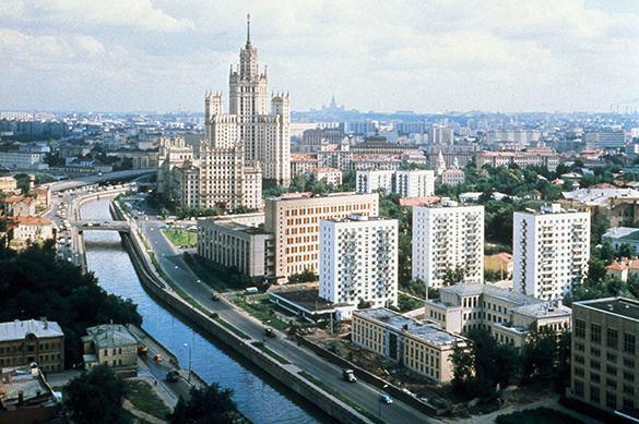 Москва хаотична, но ей это идет. История Москвы и жизнь современной Москвы