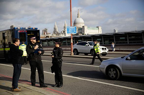 Полиция Лондона уничтожила брошенный в центре города автомобиль