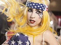 Фанаты Леди Гага обрушили серверы Amazon. gaga