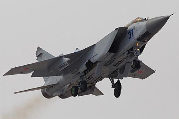 На Камчатке истребители МиГ-31 перехватили самолет-