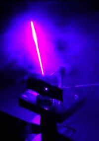 Квантовый лазер и дешев, и сердит