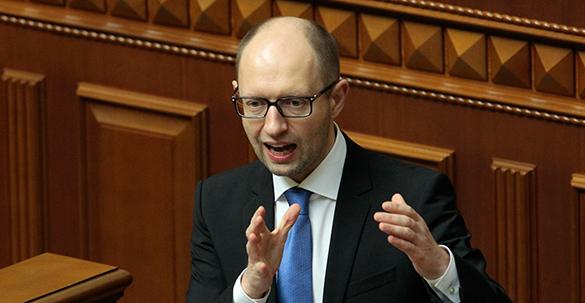 Украинский депутат об отставке Яценюка: Не по Сеньке шапка была. Украинский депутат об отставке Яценюка: Не по Сеньке шапка была
