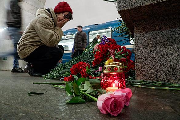 Один из пострадавших в теракте в питерском метро скончался
