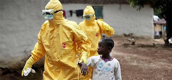 Испанская медсестра в своем специальном оснащении не могла заразиться Эбола. 300538.jpeg