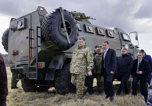 Борьба с безработицей по Порошенко: нужны танки и БТР. Порошенко