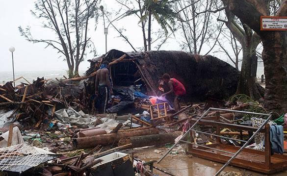 """Циклон """"Пэм"""" унес жизни десятков жителей тихоокеанского Вануату. циклон Пэм, обрушившийся на Вануату"""
