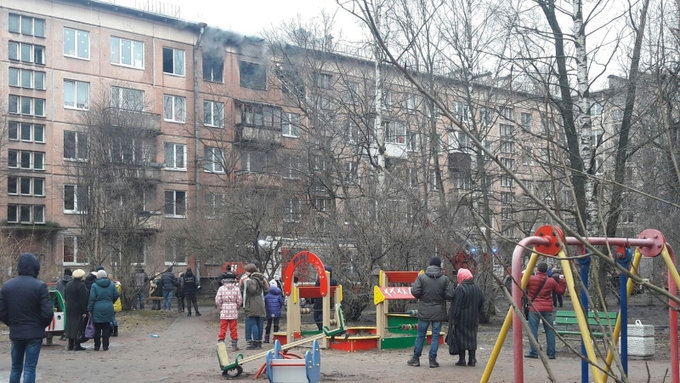 Мощный взрыв прогремел в доме в Петербурге