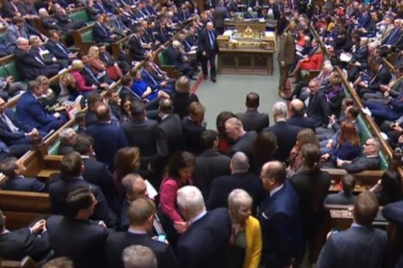 Парламент Британии не поддержал очередное соглашение по выходу из ЕС. 400541.jpeg