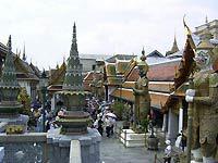 На границе Таиланда и Камбоджи вновь слышны выстрелы. thai