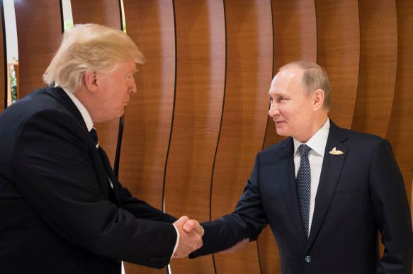 СМИ: Трамп сам подошел к Путину на G-20. 395542.jpeg