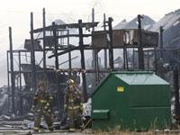 В Мичигане взорвался и сгорел завод