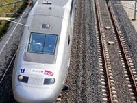 Под Парижем поезд въехал в футбольных фанатов: есть жертвы