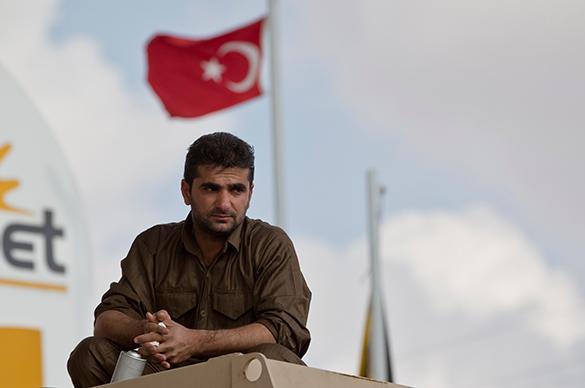 Турки начали выгонять солдат НАТО. турция, солдаты