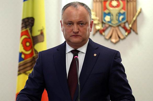 Додон назвал вступление Молдавии в НАТО неприемлемым