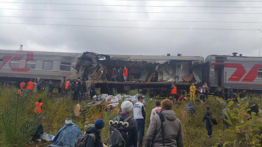 Опубликовано видео из вагона после столкновения КАМАЗа и поезда в ХМАО. Опубликовано видео из вагона после столкновения КАМАЗа и поезда