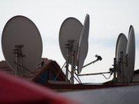 Полиция Грузии принуждает сельчан снять неугодные спутниковые тарелки. 260552.jpeg