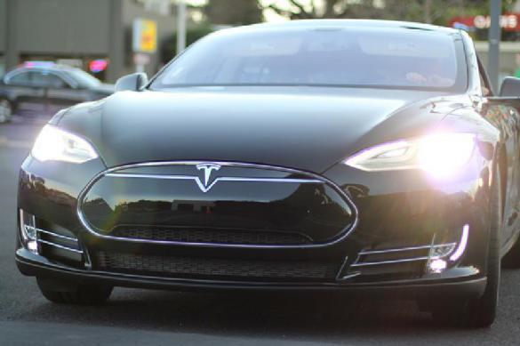 Империя Илона Макса сыплется: Tesla в чудовищных убытках. 386552.jpeg