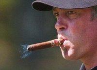 Бельгийских курильщиков обязали работать сверхурочно. smoking