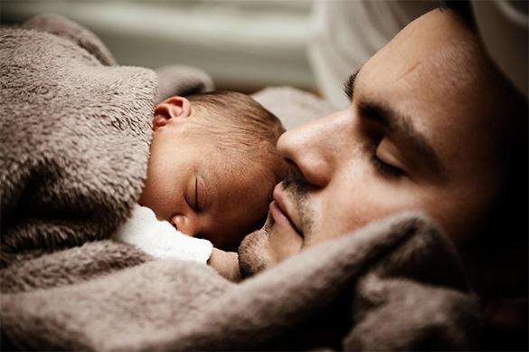 Россияне уверены, что отец не хуже матери справляется с детьми