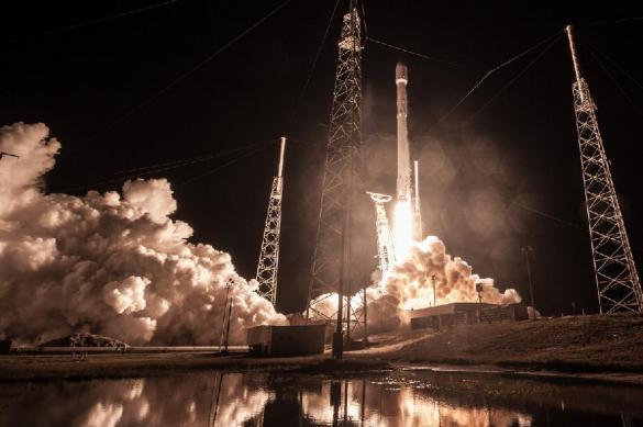 Space X Илона Маска утопил секретный спутник Zuma. Space X Илона Маска утопил секретный спутник Zuma