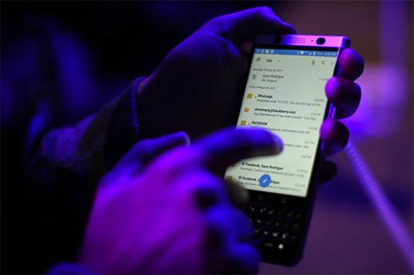 Приложение в смартфоне поможет найти желающего постоять в очереди за другого. 376555.jpeg