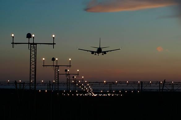 Boeing из Москвы приземлился на обесточенном аэродроме