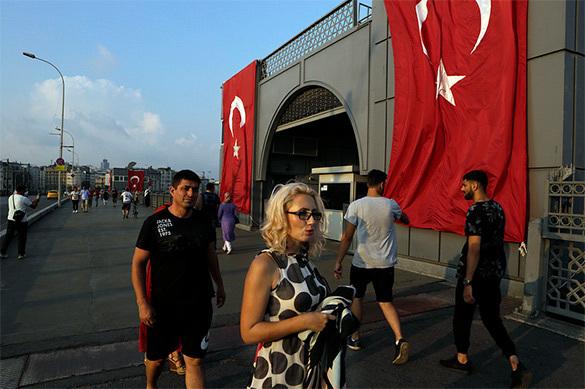 Роспотребнадзор сообщил о 500 российских туристах в Турции, пожаловавшихся на Коксаки. Роспотребнадзор сообщил о 500 российских туристах в Турции, пожа