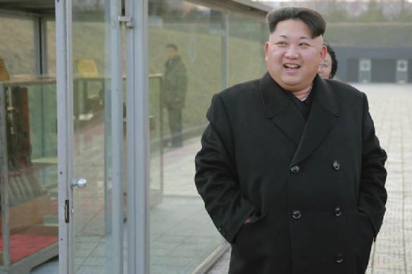 Мог расстрелять: Ким Чен Ын ударил фотографа за свою жену. 386559.jpeg
