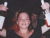 Пьяные потасовки в барах снимают стресс у женщин?